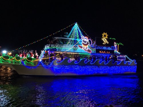 Christmas Boat Parade.The Holiday Boat Parade This Weekend