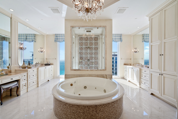 Beautiful Bathrooms For An At Home Spa Day